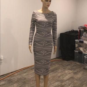 Va va voom 😍super sexy bodycon dress size small